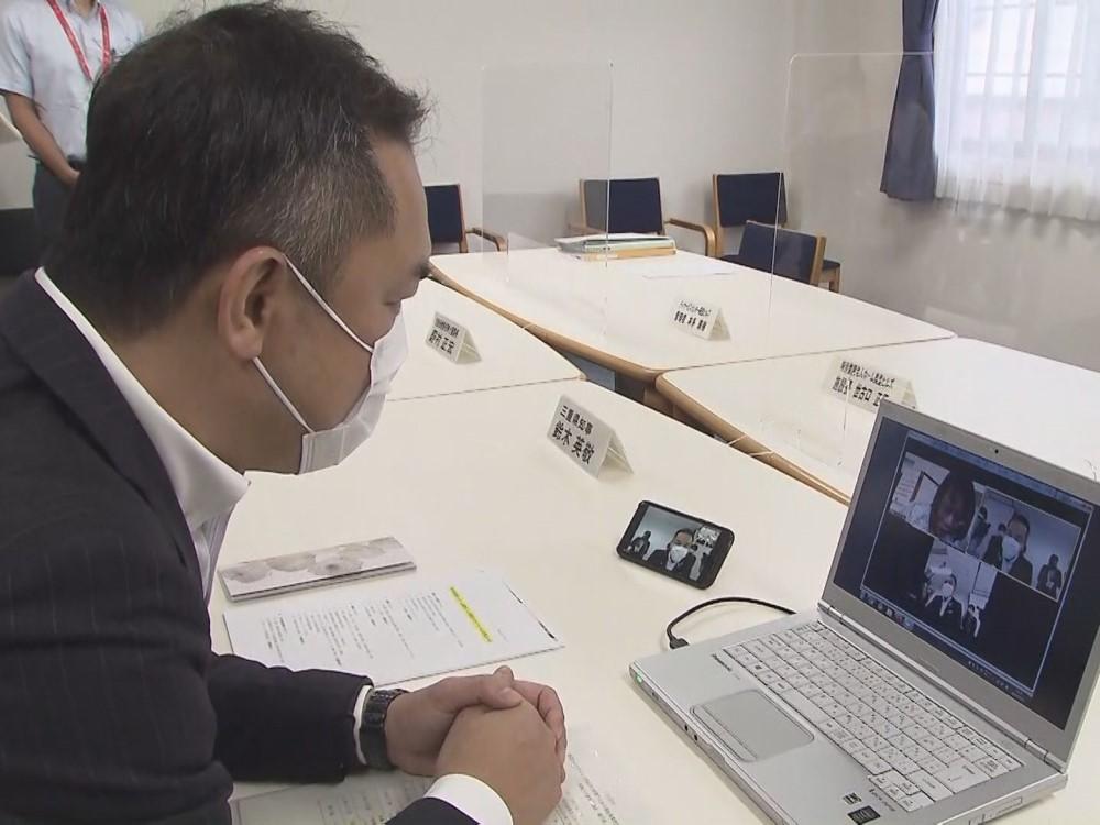 三重県知事が特養老人ホーム視察…豪雨災害時の避難方法や新型コロナや対策について意見交換